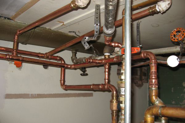 Work on plumbing to avoid leakage in the house for Copper pipe for water